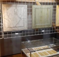 Vseslovensko razstavo o slikopleskarstvu v Gorenjskem muzeju s svojo tradicijo zaznamuje tudi JUB